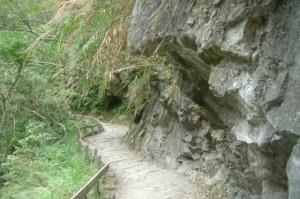 hiking-in-Taroko-Gorge-Taiwan