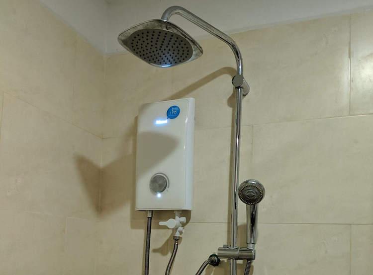 point boutique shower